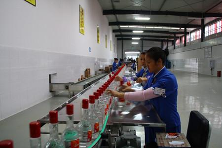 梁平:诗仙太白诗韵酒业投产年产白酒5000吨