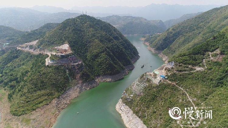 郑万高铁进展:亚洲最长单洞双线高铁隧道进洞口打通