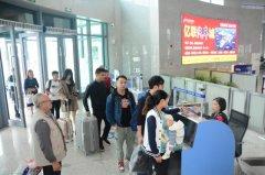 梁平:国庆假期交通秩序井然 各车站安全运送旅客